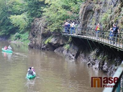 Nejméně tisíc turistů uctilo výročí Riegrovy a Palackého stezky