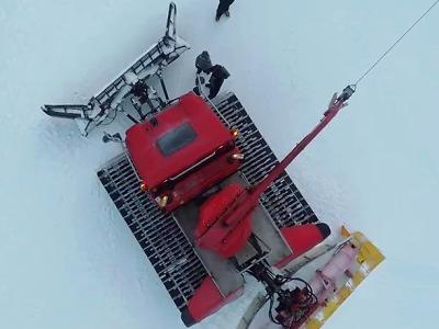 Skiareál Ještěd nabízí jako adrenalinový zážitek jízdu s rolbou