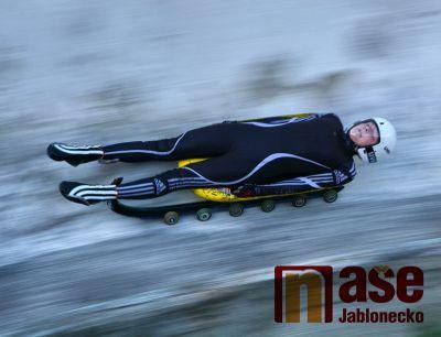 Obrazem: Šampionát v jízdě na kolečkových saních na Smržovce