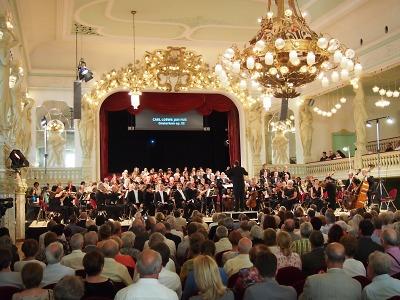 Oratorium Jan Hus předvede divákům sbor Janáček