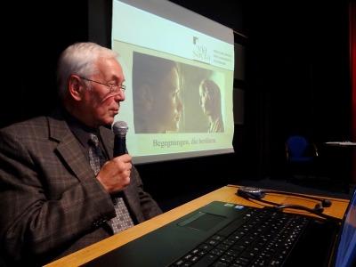 Zdařilé setkání v knihovně o rodácích a osobnostech Jablonecka