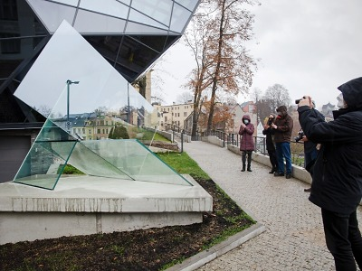 Jablonecké muzeum oživí dvě nové výstavy i skleněná plastika v parku