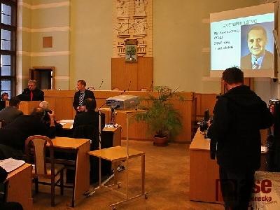 Video: Zastupitelstvo 11. 11. 2010  - slib