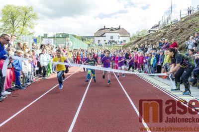 Na Smržovce slavnostně otevřeli atletický areál
