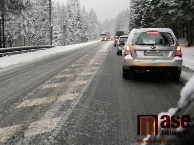 Proč je údržba krajských silnic nejhorší za poslední roky?