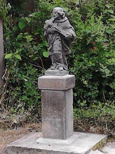 Policie pátrá po zlodějích vratislavické sochy sv. Jana Nepomuckého