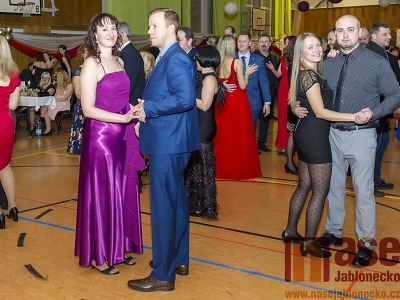Obrazem: 17. Sportovní ples v Tanvaldě