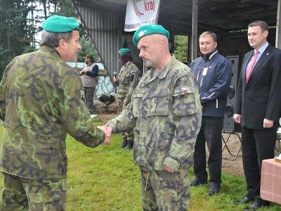 Memoriál generála Mrázka vyhráli strážníci z Hradu a záložáci z Jenišovic