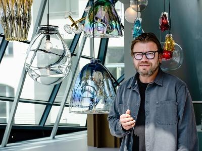 Jablonecký krystal rozzářila designová svítidla