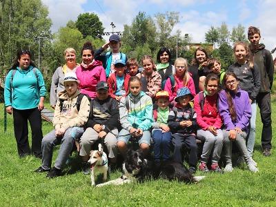 Tábor nejen pro neslyšící děti měl letos název Svět kolem nás