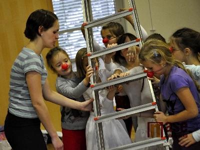 Děti připravovaly klaunerii