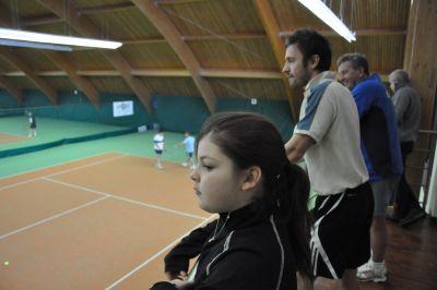 Tenisový turnaj osobností přinesl zajímavé souboje i dobrou zábavu