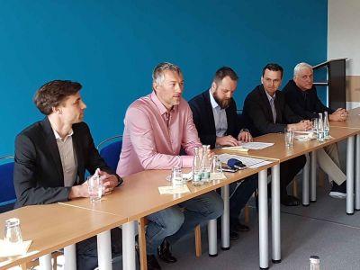 Video: Nová jablonecká koalice se představila na tiskové konferenci