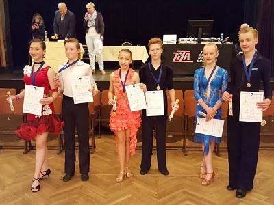Liberečtí tanečníci posbírali 20 medailí z republikových soutěží