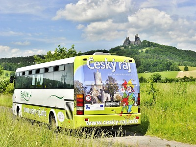 Turistické autobusy s přepravou kol jezdí v Českém ráji i v roce 2020