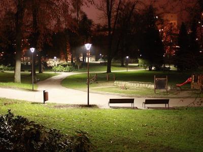 Jablonecké Tyršovy sady osvětlují nové lampy