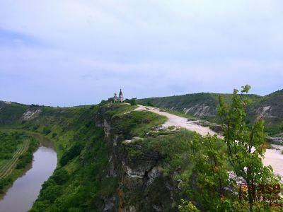 Dopřejte si cestu do blízké evropské krajiny – malebného Moldavska