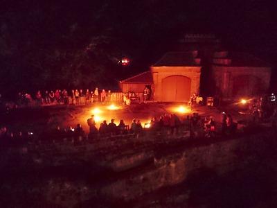 Hradozámeckou nocí vyvrcholila prázdninová sezona na Valdštejně