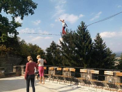 Slackline festival uzavřel Dny evropského dědictví na Valdštejně