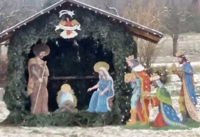 Vánoční strom a betlém rozsvítili i v Loužnici
