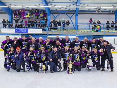 Titul v Lomnické lize obhájilo mužstvo Black Rooks Syřenov