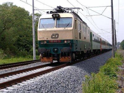 Vlaky na trati ze Smržovky do Josefova Dolu opět jezdí
