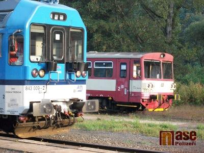 Kvůli kácení dojde k výluce na vlakové trati Železný Brod – Malá Skála