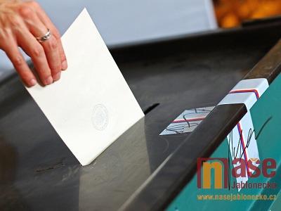Kvůli koronaviru lidé účast ve volebních komisích v Jablonci neodmítli