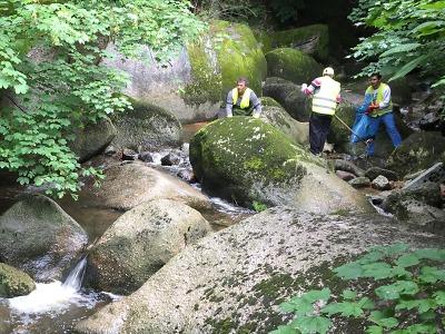 Jablonečtí pracovníci veřejně prospěšných prací uklidili nejen řeku Nisu