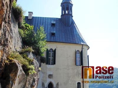 Zloděj vnikl do areálu hradu Vranov a z kiosku ukradl trezor