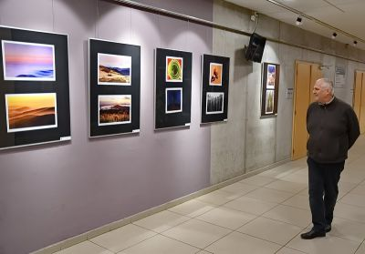 V Eurocentru probíhá výstava fotoklubu Balvan a fotokroužku DDM Vikýř