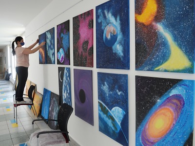 V jablonecké nemocnici probíhá výstava energických obrazů