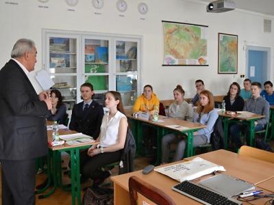 Studenti deseti gymnázií Libereckého kraje zápolili v dějepisné soutěži