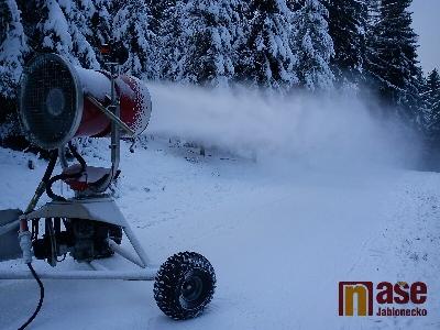 Na kolečku v Břízkách se již lyžuje