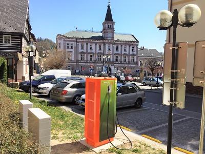 V kraji přibyly další rychlodobíjecí stanice, poslední v Železném Brodě