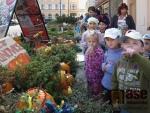 Dýňobraní aneb Svátek dětí, dýní a strašidel před Domem Vína v Jablonci nad Nisou.