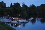 Koncert Komorního orchestru Quattro na mole jablonecké přehrady