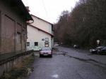 Takto vypadal prostor za vlakovým nádražím v Železném Brodě v roce 2012_1.pict0187.jpg