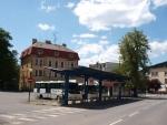 Takto vypadalo autobusové nádraží na náměstí v Železném Brodě v roce 2012
