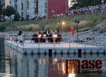 Komorní orchestr Quattro na mole jablonecké přehrady
