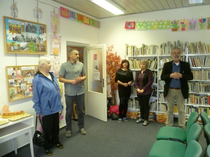 Výstava Naši školu máme rádi v Městské knihovně Tanvald