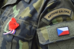 Slavnostní nástup příslušníků 31. pluku radiační, chemické a biologické ochrany a aktivních záloh v libereckých kasárnách
