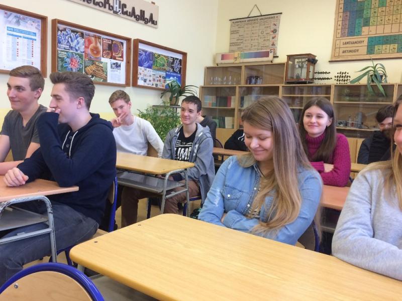Projektový den s místními osobnostmi na jabloneckém gymnáziu U Balvanu