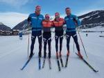 Český lyžařský tým v seriálu dálkových běhů