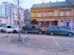 Dva řidiči v jablonecké ulici 5. května zastavili, třetí už nedobrzdil
