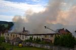 Rozsáhlý požár v Jindřichovicích pod Smrkem - snímky z pondělí