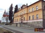 Bývalá obec sklářů je turistickou branou Jizerek