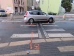 Přechod silnice v jablonecké ulici 5. května, kde došlo ke sražení mladé ženy