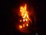 Požár chalupy v Kořenově, v části obce Polubný