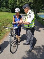 U jablonecké přehrady kontrolovali policisté bezpečnost cyklistů